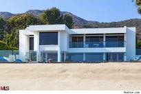 That's Rich! Billionaire's Beach Home in Malibu Asks $22.5 Million (House of the Day)