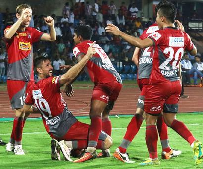 ISL: Atletico de Kolkata down NEUFC to top table