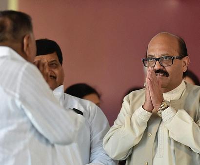 'Mulayamwadi' Amar Singh threatens to quit Rajya Sabha