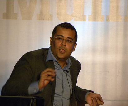 No Chetan Bhagat books in DU syllabus