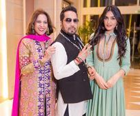 Minu Bakshi and Mika Singh`s song DJ Waleya launched