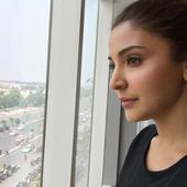 YAY! Anushka Sharma aka Aarfa starts shooting for the last day of Salman Khan's Sultan with this SELFIE!