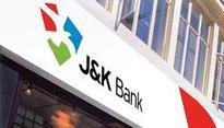 Suspected terrorists loot bank in Kashmir
