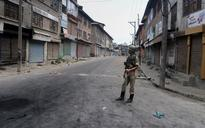 Kashmir violence: Death toll rises to 30, curfew extended to more parts
