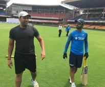 Rohit Sharma suffers minor knee injury
