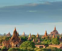 Bagan counts pagodas
