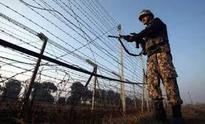 Soldier, 4 militants killed as Army foils infiltrators