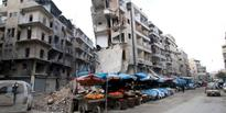 World powers pressed Russia to stop bombing around Aleppo in support of a Syrian government offensive to recapture the city.