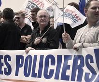 French police's rally against 'anti-cop hatred' turns ...