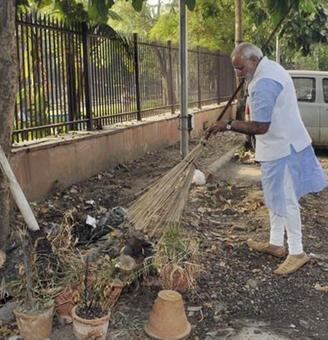Modi @ 2: The flop story of Pradhan Mantri schemes
