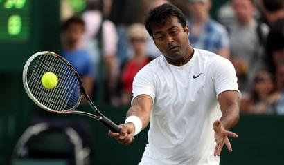 Paes reaches quarterfinals with 108th partner