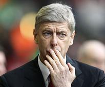Premier League: Arsene Wenger says he's 'hungrier than ever' after thumping win over Chelsea