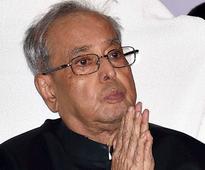 Plane taking President for Jaya's funeral develops snag, returns to Delhi