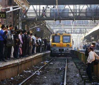 Goods train derailment hits Mumbai suburban services