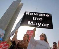 Imprisoned administrator: Well-wishers demand release of Karachi mayor