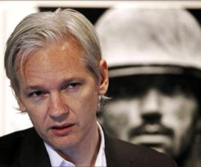 Julian Assange: I'll turn myself in if Chelsea Manning walks
