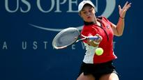 Australia's Samantha Stosur frustrated at Open, while Ashleigh Barty wins in UK