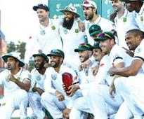 Australia beat SA by 7 wickets in third Test