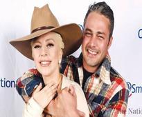 Gaga engaged no more