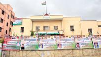 Congress discusses bypoll candidates