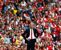 Premier League: Emmanuel Petit asks Arsenal to spend more, urges fans to give Arsene Wenger a break