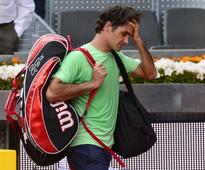 Federer reels from Nishikori shock