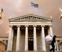 Greece sees progress on bailout review on Monday