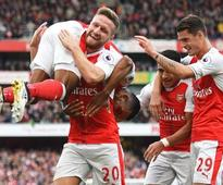 Premier League roundup: Arsenal edge Swansea, Everton hold Manchester City, Chelsea win