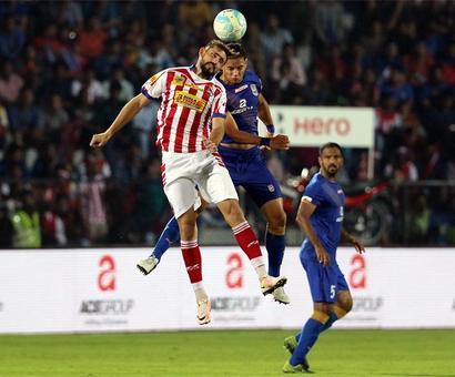 PHOTOS: 10-man Kolkata hold Mumbai goalless to enter ISL final