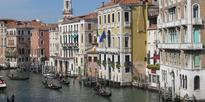 Drunk Kiwi in hot water after big splash in Venice