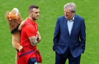 Rooney rested in Hodgson gamble