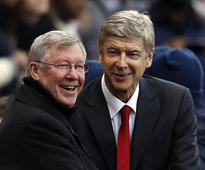 Premier League: Arsenal's Arsene Wenger surpasses Alex Ferguson to become longest