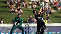 Watch: Martin Guptill slams unbelievable 138-ball-180 to steer New Zealand