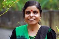Wow! Singer Vaikom Vijayalakshmi gets eyesight!