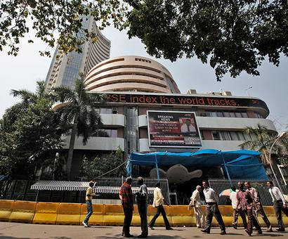 Markets end in the green ahead of F&O expiry