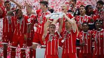 Bayern Munich bid farewell to Philipp Lahm and Xabi Alonso in style!