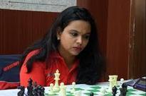 Viji, Padmini lead in NWPC Championship