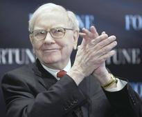 'Warren is in the house': Buffett starts tweeting