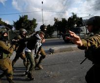 Clashes in West Bank over Donald Trump's Jerusalem move