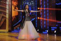 Thought of dancing in front of Madhuri makes Lauren nervous