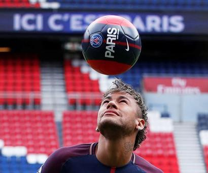 Neymar likely to miss PSG opener