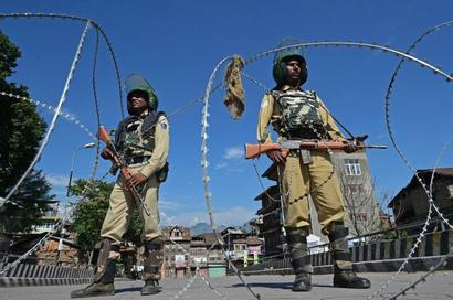 Vacate PoK: India lashes out at Pak over Kashmir issue
