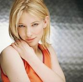 Cate Blanchett drops bisexual bombshell - 'I've had many past relationships with women'