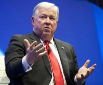 Ex-Republican Party head Barbour to lobby US for Ukraine