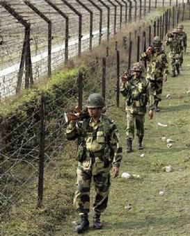 Panic grips Jammu border as Pak plane flys close to IB