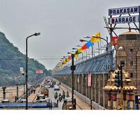 Traffic, pedestrians banned on Prakasam Barrage