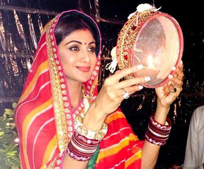 Inside PIX: Shilpa, Sridevi, Raveena party together!