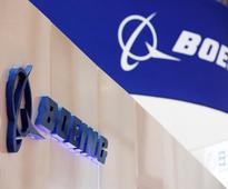 Boeing raises 2017 earnings forecast
