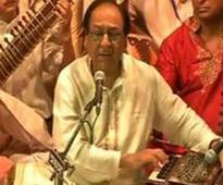 Despite threats, Ghulam Ali performs in Vara...