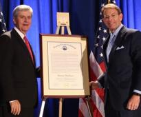 Mississippi Governor Receives Religious Liberty Award